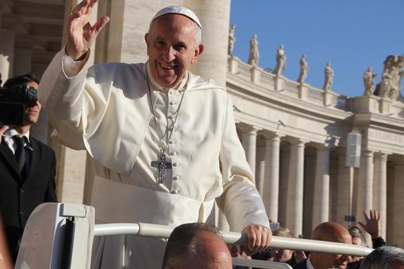 """""""Do głoszenia Ewangelii trzeba chrześcijan pełnych życia i radości"""""""